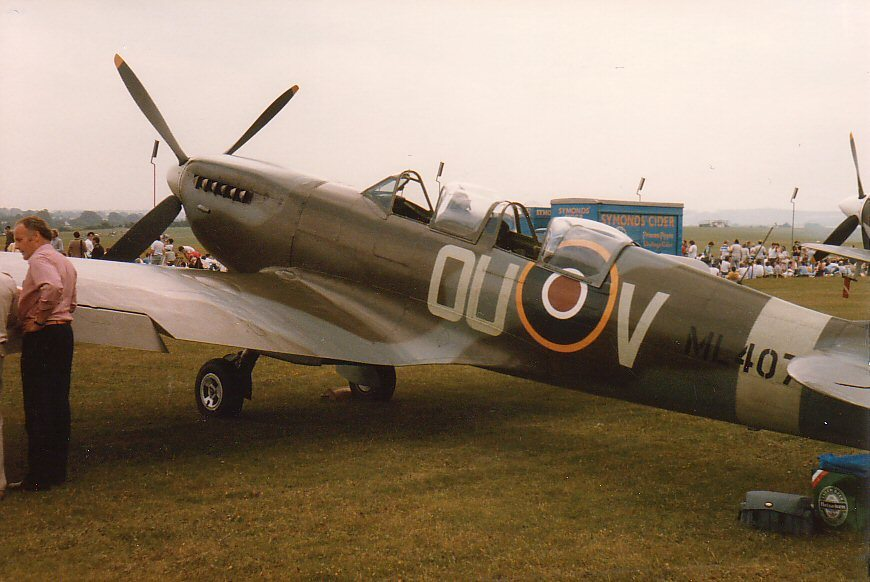 Spitfire ML407, the aircraft Carolyn Grace flies